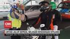 VIDEO: Lintasi Jalur Sepeda, Belasan Kendaraan Ditilang