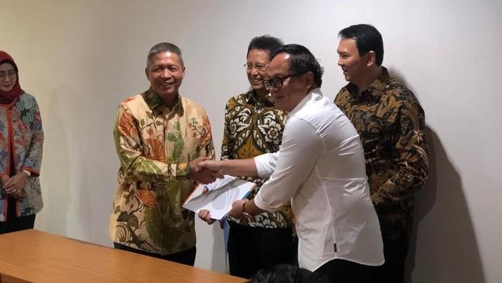 Kepastian itu diperoleh selepas prosesi penyerahan surat keputusan di kantor Kementerian Badan Usaha Milik Negara (BUMN), Senin (25/11/2019).