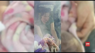 VIDEO: Cerita Bayi di AS Lahir di Pinggir Jalan