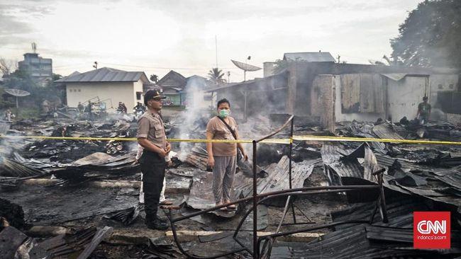 Kebakaran Hanguskan 700 Kios Pakaian Bekas di Sumatera Utara