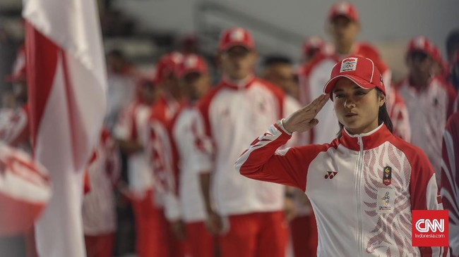 Atlet karate Indonesia, Maya Sheva, bertekad membawa pulang medali di SEA Games 2019. (CNN Indonesia/Bisma Septalisma)