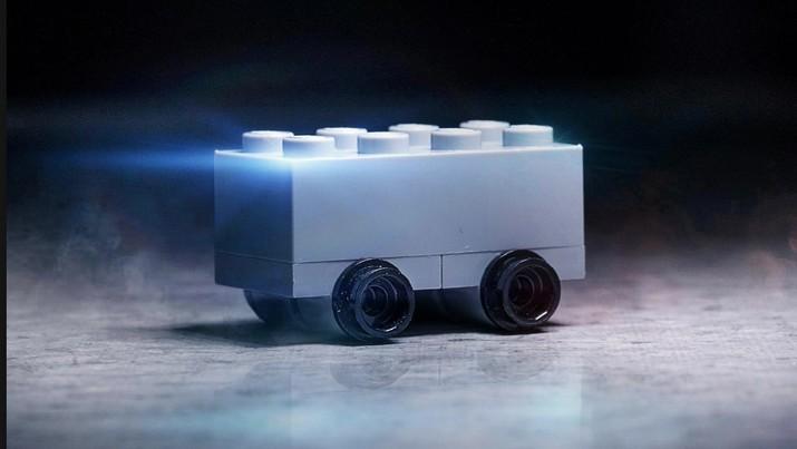Kocak, Lego Sindir Mobil Pikap Listrik Canggih Tesla