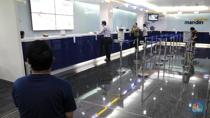 Kantor Cabang Bank Mandiri/CNBC Indonesia/Andrean Kristianto