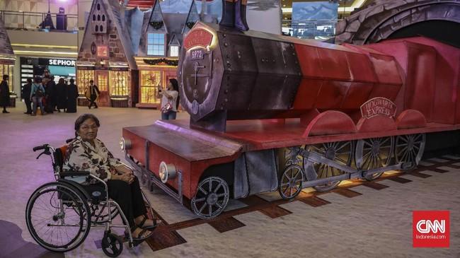 Dari 28 November 2019 sampai 12 Januari 2020, para pengunjung dapat menikmati instalasi seni dari film Harry Potter secara gratis.
