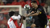 Slavia PrahadibantaiInter Milan 3-1 di markas mereka Stadion Sinobo. (AP Photo/Petr David Josek)