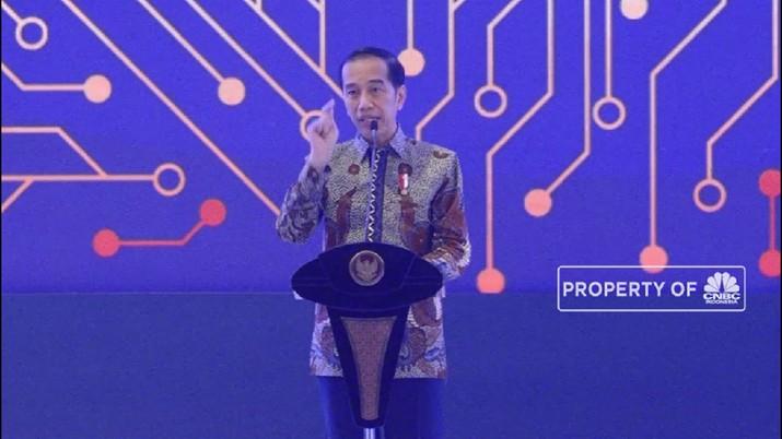 Jokowi mengatakan Indonesia punya sumber daya sawit yang besar dan bisa membantu untuk mengurangi defisit neraca perdagangan.