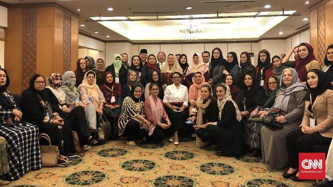 RI Dorong Perempuan Afghanistan Jadi Negosiator Perdamaian