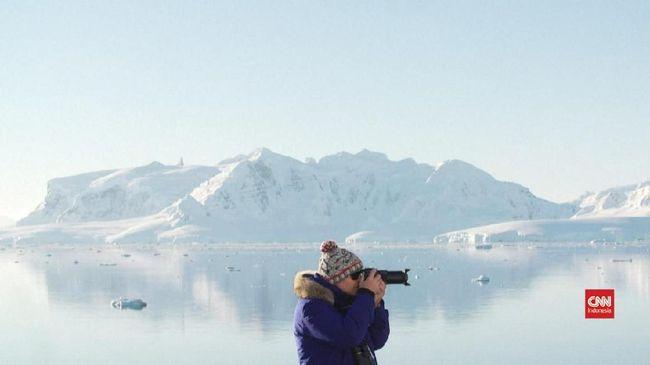 Gelombang Panas Akibatkan Seperempat Es Antartika Mencair
