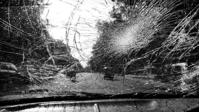 Kecelakaan Beruntun Terjadi di Tol Layang Cikampek KM 22