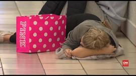 VIDEO: Warga AS Belanja Habis-habisan Saat Black Friday