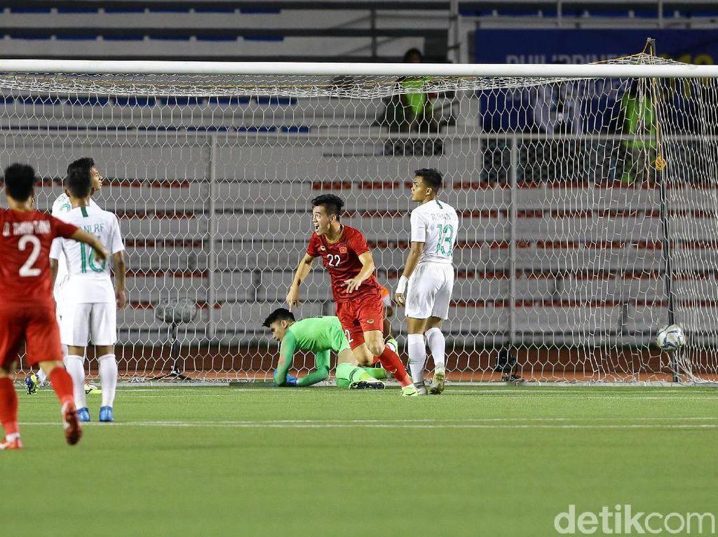 Usaha Vietnam menyamakan kedudukan akhirnya membuahkan hasil di menit ke-64. Gol itu dicetak oleh Nguyen Tanh Chung.