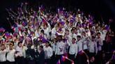 Kontingen tuan rumah Filipina saat melakukan defile pada upacara pembukaan SEA Games 2019. (AP Photo/Aaron Favila)