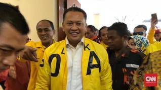 Jokowi Ajak Kader Golkar Tepuk Tangan untuk Bamsoet