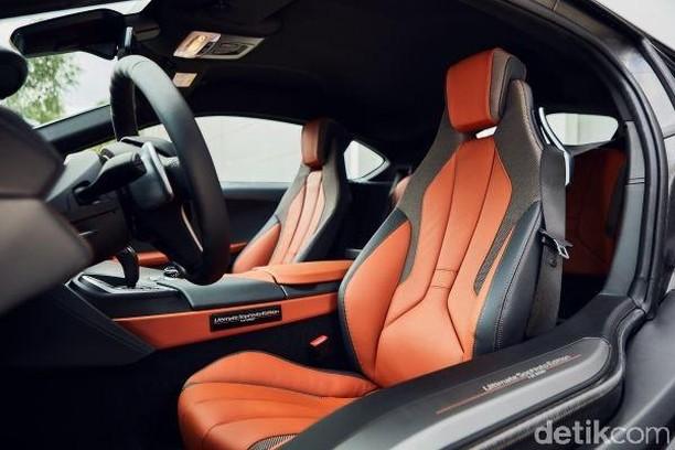 Edisi Terakhir BMW i8