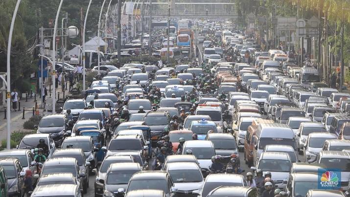 Pemprov DKI Jakarta resmi menaikkan Bea Balik Nama Kendaraan Bermotor (BBNKB)