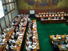 KBUMN & DPR Rapat Tertutup DPR, Mau Bahas Subsidi Bunga Bank?