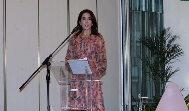 Puteri Mahkota Denmark Diskusi Pola Asuh Organik
