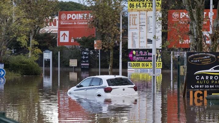 Ini Penampakan Parahnya Banjir di Prancis
