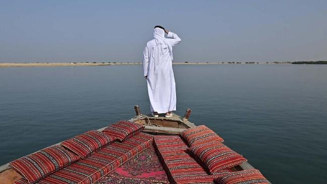 Ratusan tahun sebelum minyak dan pariwisata mendorong ekonomi Uni Emirat Arab, mutiara lah yang membuat negara itu tetap hidup. (GIUSEPPE CACACE / AFP)