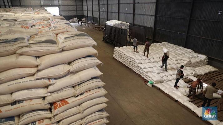 Indonesia ditargetkan bisa kembali ekspor beras tahun depan.
