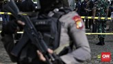 Dua korban terluka di bagian tangan dan paha. Mereka langsung dilarikan ke RSPAD Gatot Subroto untuk menjalani perawatan. (CNN Indonesia/ Adhi Wicaksono)