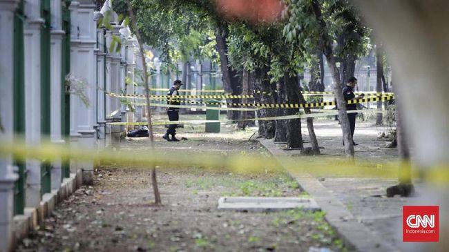 Saksi Mata Lihat Korban Ledakan di Monas Terluka Parah