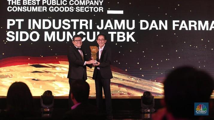 Sido Muncul meraih penghargaan pada CNBC Indonesia Award 2019 untuk kategori The Best Public Company Consumer Goods Sector.