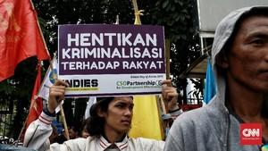 FOTO: Aksi Nelayan di Depan Mapolda Metro Jaya