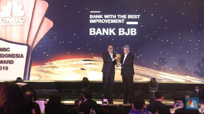 Terus Tumbuh, Bank bjb Raih Bank With The Most Improvement