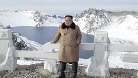 Kumpulkan Petinggi, Kim Jong-un Sebut Ekonomi Korut Gawat