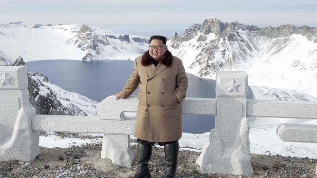Kim Jong-un Peringatkan AS Bakal Kirim 'Kado Natal'