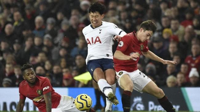 Laga di Old Trafford itu merupakan pertemuan ke-55 bagi MU dan Tottenham di Liga Inggris. Dari rekor itu MU menang 35 kali, sedangkan Tottenham hanya menang 9 kali. (AP Photo/Rui Vieira)