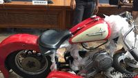 Kronologi AA Beli Motor Harley Ilegal yang Diangkut Garuda