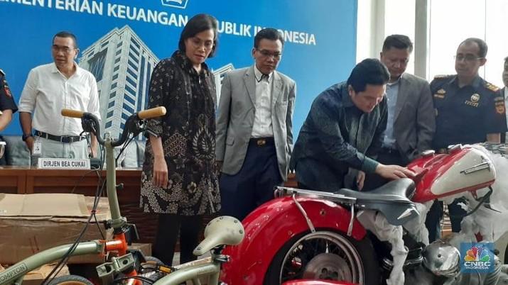 Menteri BUMN Erick Thorir mengatakan bahwa penyelundupan motor klasik Harley Davidson melibatkan banyak pegawai garuda lainnya.