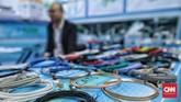 Salah satu komponen elektronik yang turut dipamerkan dalam Global Sources Electronics Indonesia. (CNN Indonesia/Bisma Septalisma).