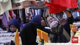 FOTO: Berburu Baju Bekas di Jakarta