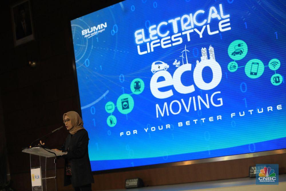 Plt Direktur Utama PLN Sripeni Inten Cahyani memberikan sambutan dalam acara Trade In Electric Motorcycle dengan tema
