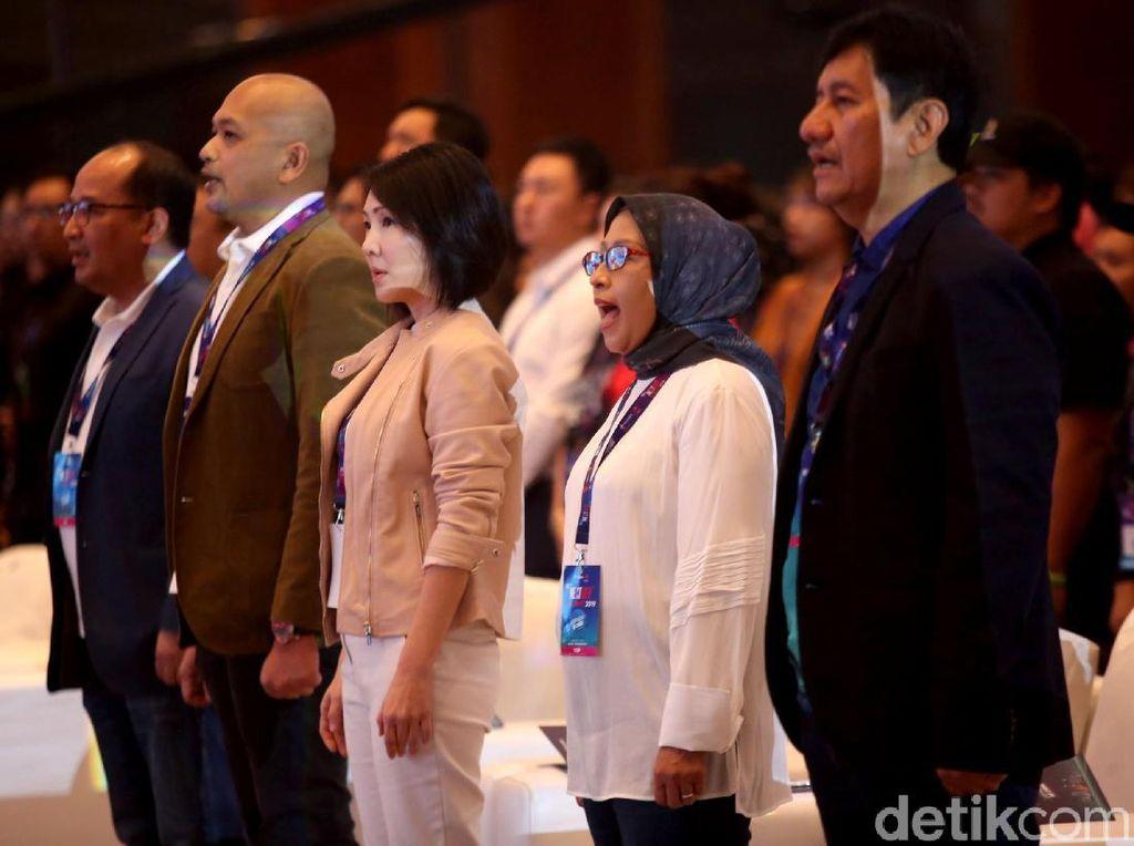 Lagu kebangsaan Indonesia Raya turut dikumandangkan saat Telkomsel The Nextdev Summit 2019 dibuka.