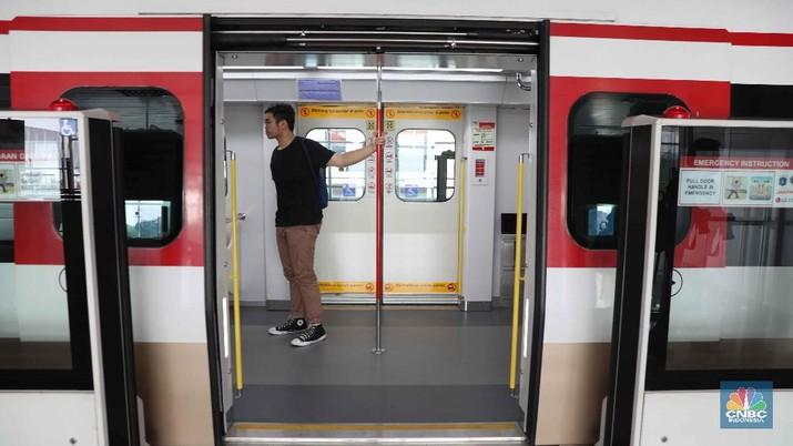 Layanan LRT akan diperpanjang sampai pagi hari.