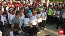Iriana Jokowi dan Istri Pejabat Peringati Hari Ibu di Senayan