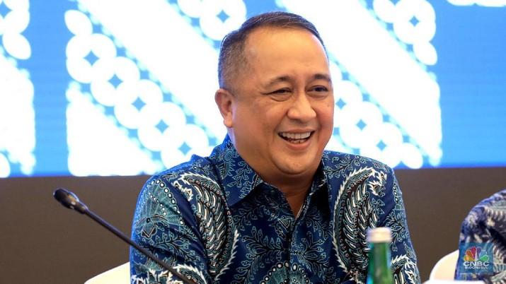 Manajemen baru PT Bank Mandiri (Persero) Tbk (BMRI) menegaskan tidak akan banyak mengubah kebijakan lama era dirut sebelumnya.