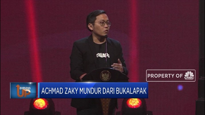 CEO Bukalapak, Achmad Zaky memutuskan mundur, dan efektif 6 Januari 2020, posisinya digantikan oleh seorang bankir, Rachmat Kaimuddin.