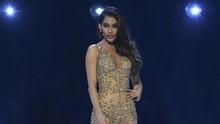 Gaun Emas Tex Saverio Melenggang di Miss Universe 2019