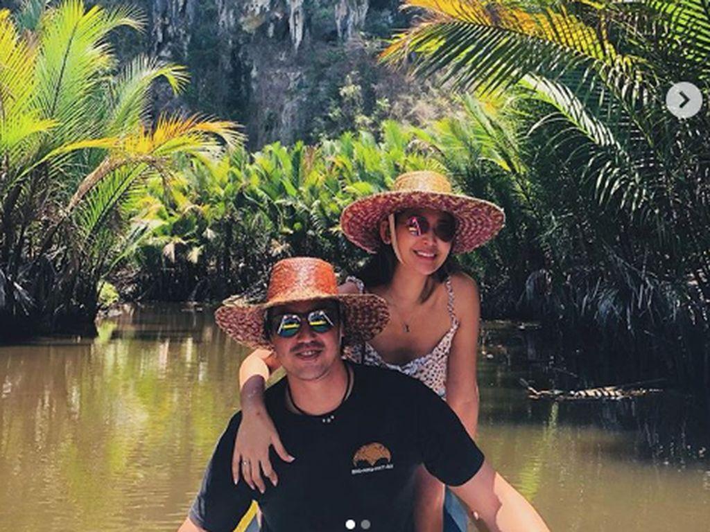 Maui juga kerap ikut Selena travelling di dalam negeri.Dok. Instagram/mariaselena_