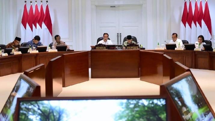 Demikian dikatakan Jokowi dalam Rapat Terbatas Persiapan Natal Tahun 2019 dan Tahun Baru 2020 di Kantor Presiden.