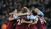 Gol Angelo Ogbonna membuat West Ham unggul 1-0 di babak pertama. (AP Photo/Kirsty Wigglesworth)