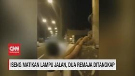 VIDEO: Iseng Matikan Lampu Jalan, 2 Remaja Ditangkap