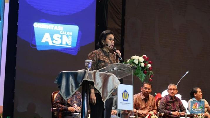 Menteri Keuangan Sri Mulyani Indrawati memberikan wejangan kepada para calon pegawai negeri sipil.