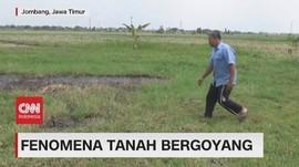 VIDEO: Muncul Fenomena Tanah Bergoyang di Jombang