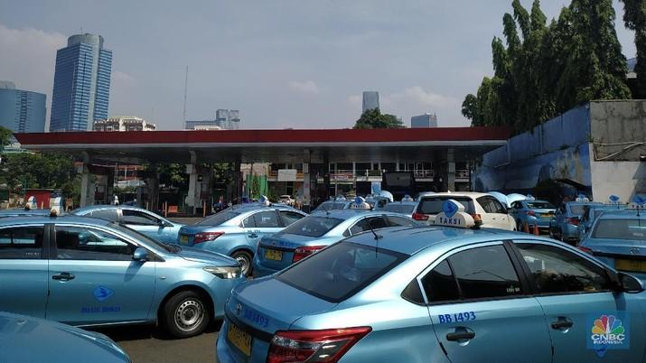 Suasana di Stasin Pengisisan Bahan Bakar Gas (BBG). (CNBC Indonesia/Rahajeng Kusumo Hastuti)